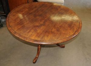 Round Oak Farmhouse Pedestal Dining Table